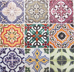 Fotorolgordijn Marokkaanse Tegels Detail of the traditional tiles from facade of old house. Decorative tiles.Valencian traditional tiles. Floral ornament.