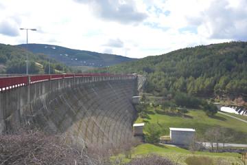 muro de una presa