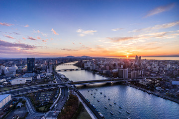 柳都大橋と信濃川
