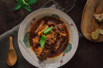 Chicken stew with ginger