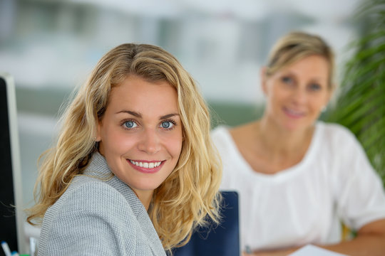 female expert preparing new project : female team