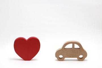 自動車とハート 安全運転イメージ