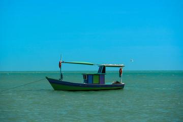The small boat  - Um barco pequeno (Bahia - Brazil)
