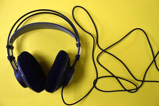 전문가용 헤드폰