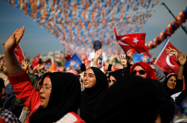 Supporters of Turkish President Tayyip Erdogan attend his rally in Istanbul