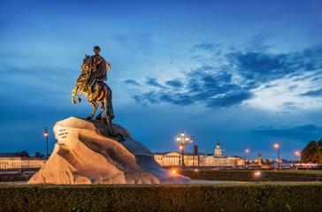 Памятник Петру Первому в Санкт-Петербурге Monument to Peter the Great in the night