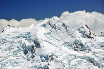 New Zealand. Southern Alps - peaks and glaciers