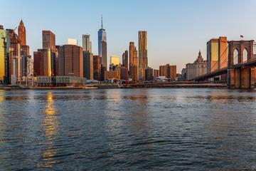 Fotobehang Amerikaanse Plekken Manhattan skyline, sunset beautiful landscape