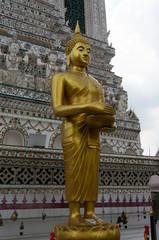 ワットアルンの像