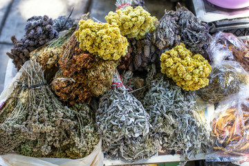 Street trade of medicinal herbs