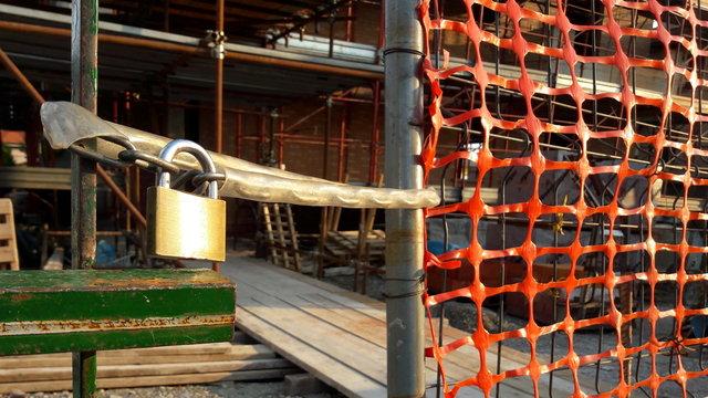Cantiere edile fermo - sicurezza