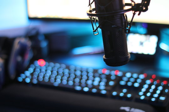 Streaming microphone in front of gaming computer