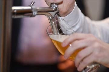 Bier zapfen