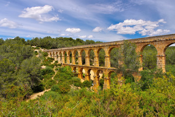 Tarragona römisches Aquaedukt in Spanien - Pont del Diable Roman aqueduct in Tarragona