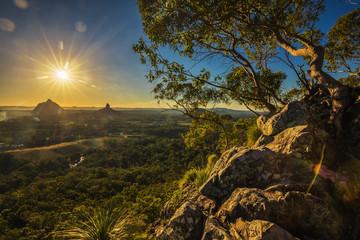 Foto auf AluDibond Gebirge Sunset seen from Mt Tibrogargan, Glass House Mountains, Sunshine Coast, Queensland, Australia