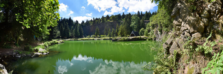 Bergsee Ebertswiese im Thüringer Wald