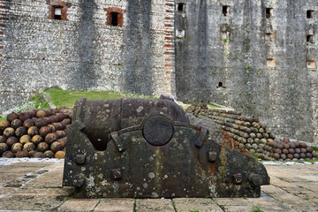 Remains of the French Citadelle la ferriere built on the top of a mountainnear Milot city in Haiti. Rotational cannon for the defence of the port in Cap Haitien