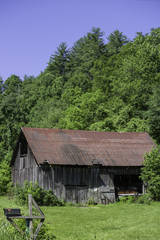 Old barn in rural Tennessee