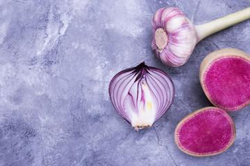 Onions, garlic, radish, free space