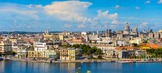 Spoed Fotobehang Havana Panoramic view of Havana, the capital of Cuba