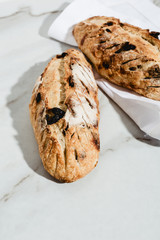 Raisins breads