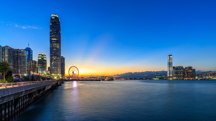 Fotomurales - Hong Kong city view at twilight