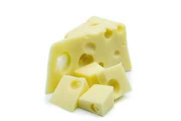 Käse Emmentaler Stück isoliert freigestellt auf weißen Hintergrund, Freisteller