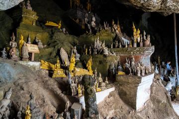 Laos - Luang Prabang - Pak Ou Höhlen