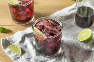 Alcoholic Red Wine and Cola Cocktail