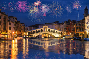 Rialto bridge and Garnd Canal with fireworks in Venice, Italy Fototapete