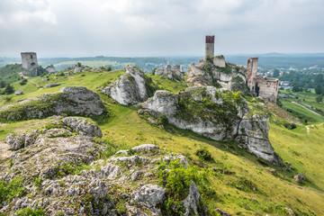 Papiers peints Ruine Olsztyn - ruiny zamku