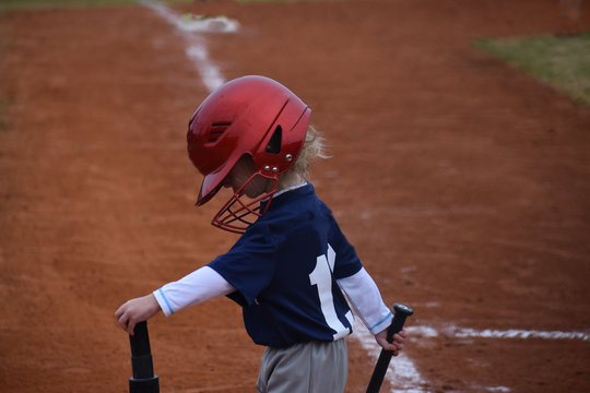 Baseball kid up at bat