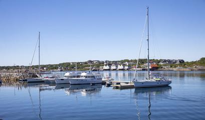 Calm in harbour