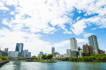 大阪天満橋から見る中之島