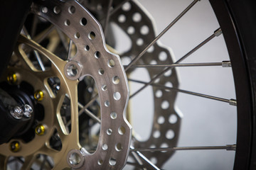 Motorcycle double disk brake
