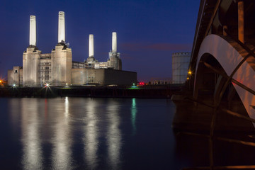 Battersea Power Station and Battersea Bridge at night, London, England, United Kingdom, Europe