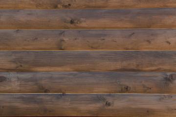 Стена из обработанного дерева