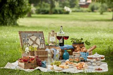 Poster Picnic Delicious farm fresh country picnic