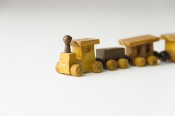trem de madeira