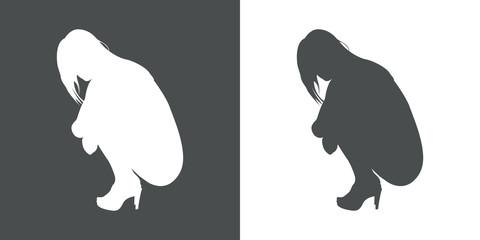 Icono plano silueta chica desnuda agachada perfil en gris y blanco