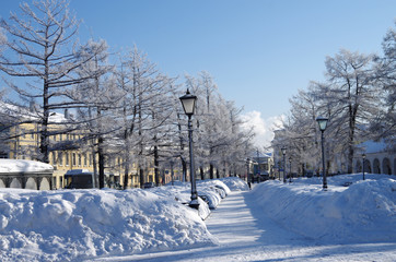 KOSTROMA, RUSSIA - February, 2018: The street of the sity in winter sunny day
