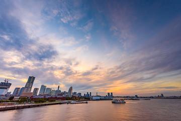 日没直前のみなとみらい Views of the evening in Yokohama