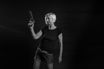 Edeltraud Revolver 11