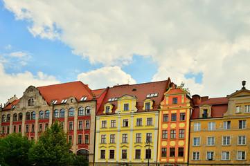 Wall Murals Kolorowe kamienice na wrocławskim rynku.