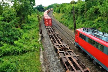 Güterzug - Gleise - Bahnverkehr