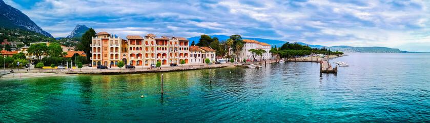 Panorama Stadt am Gardasee Italien