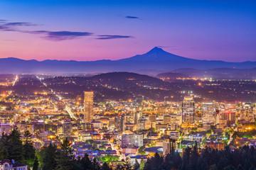 Portland, Oregon, USA downtown skyline at dawn with Mt. Hood.
