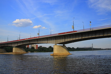Most Śląsko-Dąbrowski na Wiśle w Warszawie (stan na 2018 rok).