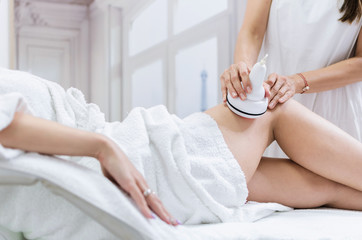 Radiofrequency lifting legs treatment