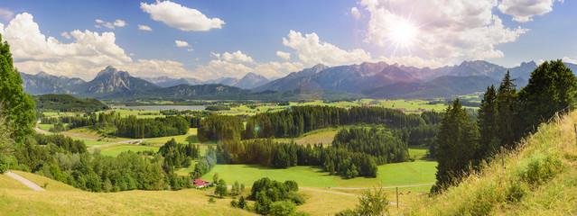 Landschaft im Allgäu am Forggensee in Bayern